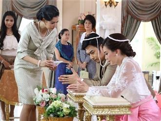 Trong ngày cưới, mẹ chồng trao cho tôi số vàng khủng tới 20 cây nhưng ngay sau đó bà liền đòi lại với lý do vô cùng nực cười