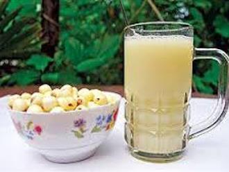 Cách nấu sữa hạt sen thơm ngon bổ dưỡng cho bé uống hoài không chán