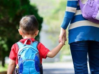 Bé trai gặp 'chiến tranh lạnh' ở lớp học, mẹ hối hận vô cùng vì hành động sai lầm với con trai suốt nhiều năm