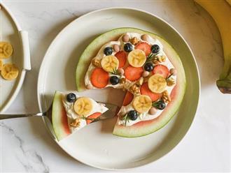 Làm ngay pizza dưa hấu đơn giản trong vòng '1 nốt nhạc', ăn vào mịn da lại đẹp dáng ai cũng thích mê