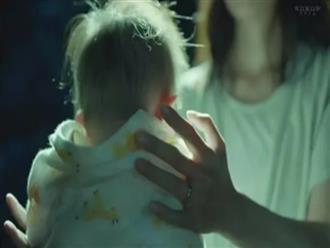 Ném con trai 1 tháng tuổi xuống đất khi đang cho bú khiến bé tử vong, lời thú tội của bà mẹ gây sốc