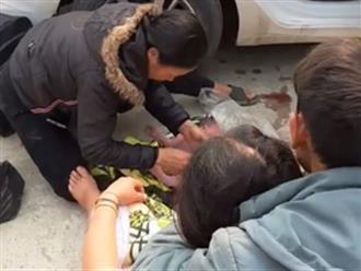 Nghệ An: Sản phụ sinh bé gái bên lề đường