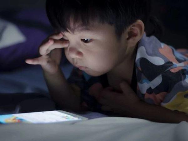 3 loại ánh sáng ảnh hưởng đến thị lực khiến mắt trẻ mau hỏng hầu như nhà nào cũng có