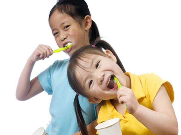 3 thói quen xấu điển hình hay gặp nhất ở trẻ và cách cha mẹ nên xử lý chúng
