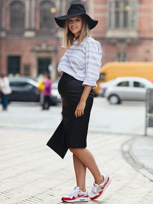 4 kiểu giày dép chuyên gia khuyến khích mẹ bầu nên dùng khi mang thai để tránh phù chân - Ảnh 2