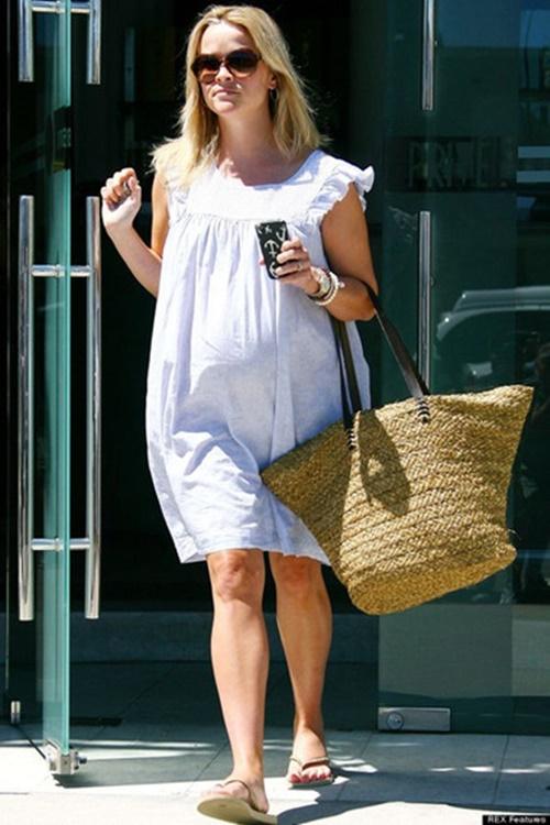 4 kiểu giày dép chuyên gia khuyến khích mẹ bầu nên dùng khi mang thai để tránh phù chân - Ảnh 4
