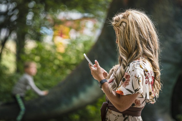 5 điều bạn không bao giờ ngờ đến đang làm tổn thương con gái bạn - Ảnh 1