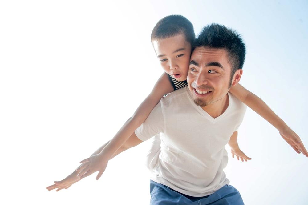 5 kiểu ông bố làm hỏng con cái, có nuôi dạy cỡ nào cũng khó thành công