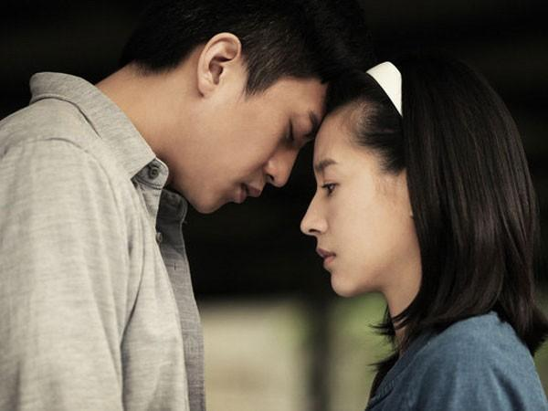 6 hành động nhỏ 'trên giường' chứng tỏ chồng không thể sống thiếu bạn