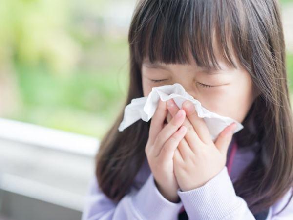 6 nguyên tắc cần đặc biệt tuân thủ khi chăm sóc trẻ bị cảm lạnh