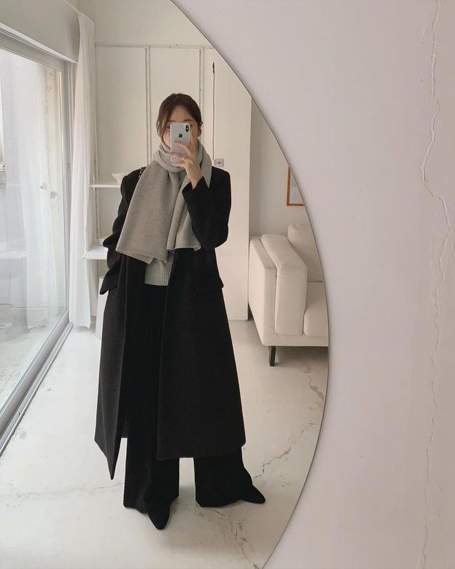 Trời rét đậm là chị em phải ôn lại ngay 4 cách diện áo khoác dạ siêu ấm mà sang chảnh, thanh lịch có thừa của gái Hàn - Ảnh 3