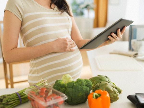 Bà bầu nên ăn rau gì trong 3 tháng đầu để hỗ trợ thai nhi phát triển ổn định?