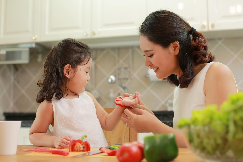 Bận rộn đến mấy cha mẹ thông thái vẫn luôn duy trì cùng con 10 thói quen dưới đây