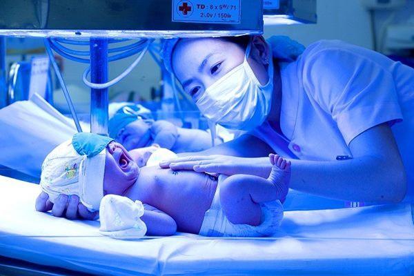 Bé 8 ngày tuổi chết bởi một căn bệnh phổ biến mà ai cũng coi thường - Ảnh 1