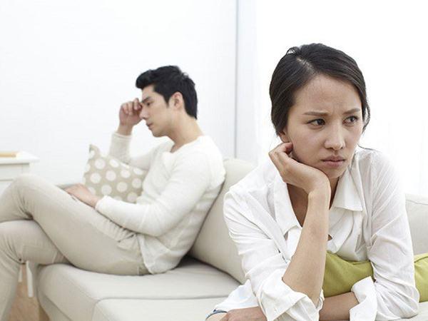 Biết tin em chồng xây nhà, tôi ngỏ ý cho vay 100 triệu, nào ngờ mẹ chồng tuyên bố một câu lạnh gáy khiến vợ chồng tôi quay sang cãi nhau