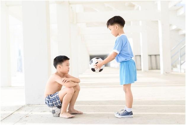 Các kỹ năng sống giúp con hoàn thiện về nhân cách - Ảnh 1