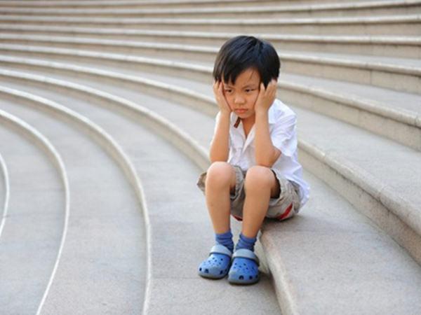 Cha mẹ cần chuẩn bị những kĩ năng gì để trẻ không đi lạc?