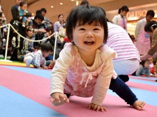 Chuyên gia Harvard: 7 điều cha mẹ nên làm để dạy con mạnh mẽ, kiên cường