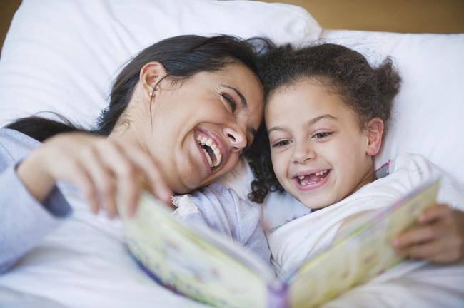 Chuyên gia ngôn ngữ gợi ý 8 mẹo đơn giản giúp trẻ học ngoại ngữ giỏi từ nhỏ - Ảnh 1