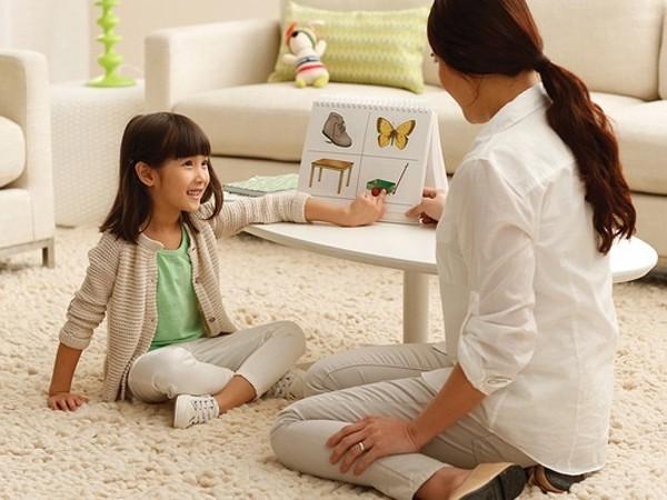 Chuyên gia ngôn ngữ gợi ý 8 mẹo đơn giản giúp trẻ học ngoại ngữ giỏi từ nhỏ - Ảnh 2