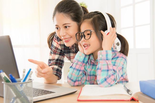 Chuyên gia ngôn ngữ gợi ý 8 mẹo đơn giản giúp trẻ học ngoại ngữ giỏi từ nhỏ - Ảnh 3
