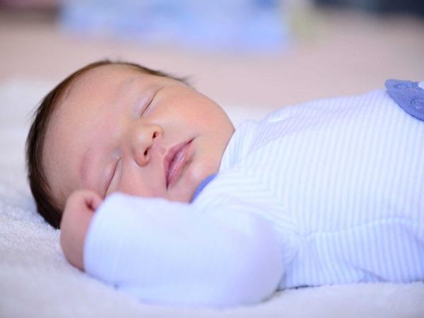Điều đại kỵ nếu nhà đang có trẻ sơ sinh theo dân gian cha mẹ nào cũng nhất định phải biết