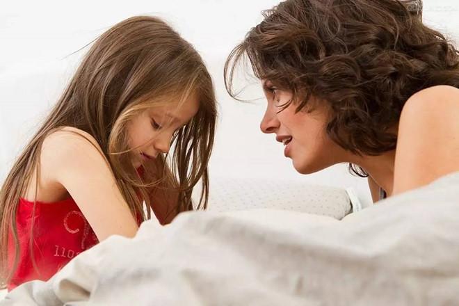 Đừng biến con thành trẻ hư bởi những sai lầm của cha mẹ - Ảnh 2