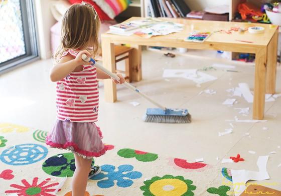 Không cần hình phạt, đây là cách giúp trẻ ngoan hơn mà các mẹ dạy con theo phương pháp Montessori đã áp dụng - Ảnh 3