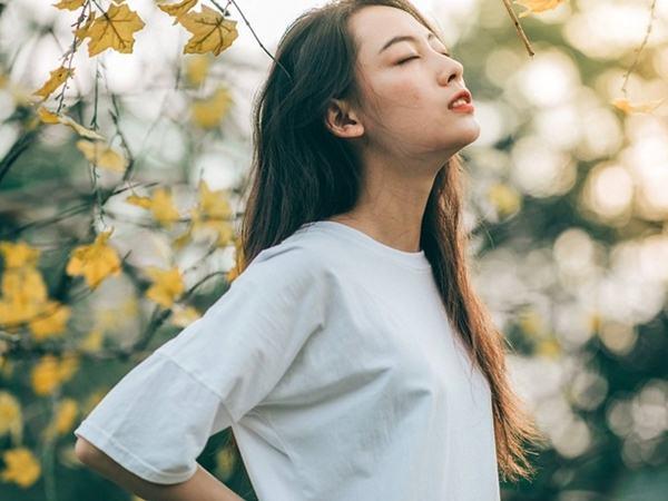 Không phải son phấn đắt đỏ, đây mới là điều giúp gia tăng nhan sắc và sự duyên dáng của phụ nữ