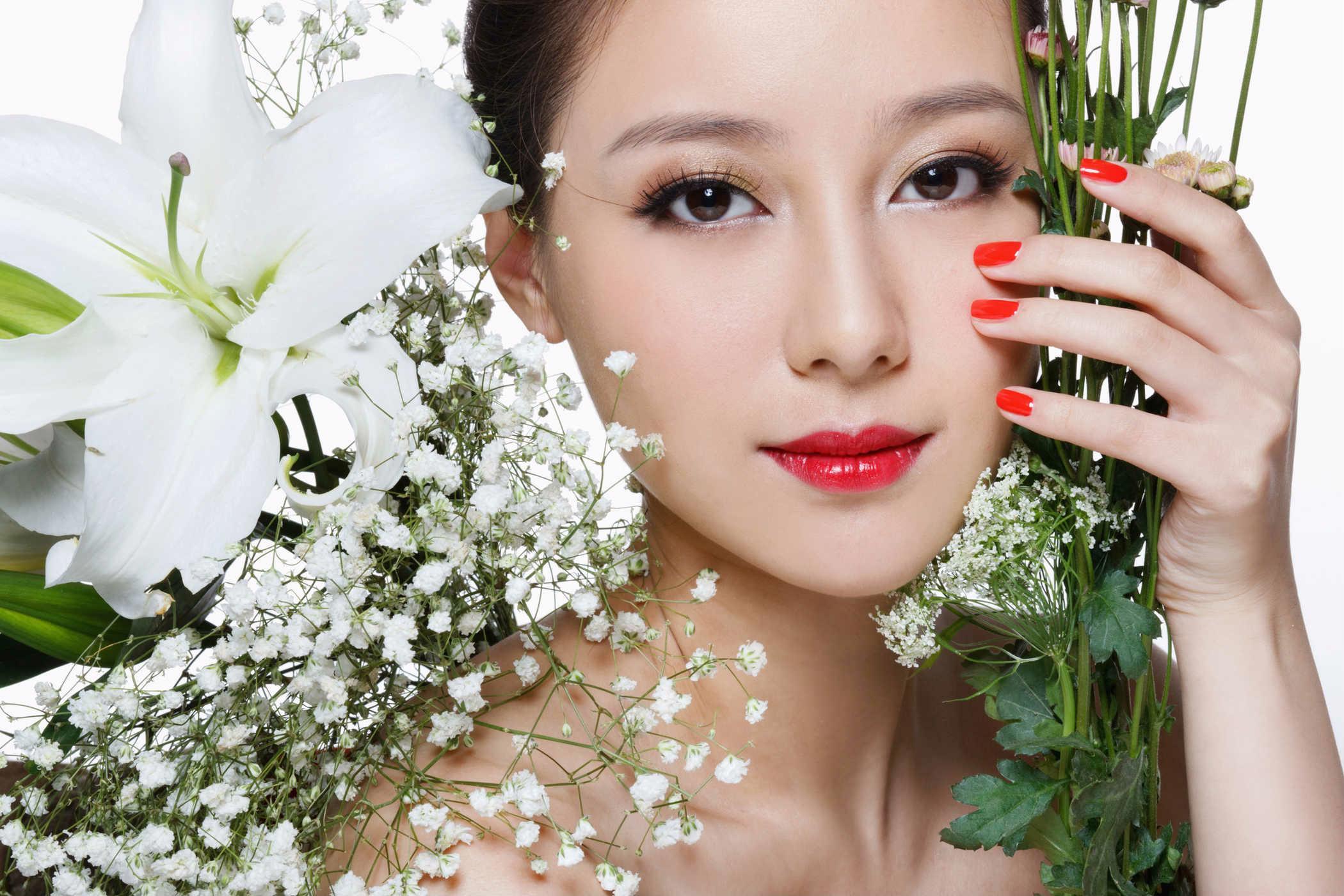Không phải son phấn, phụ nữ đẹp được người đời ca tụng nhờ có những đặc điểm này - Ảnh 1