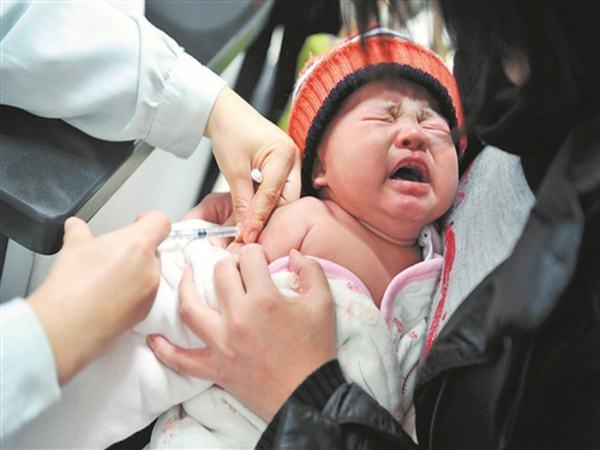 """Lịch tiêm chủng cho trẻ dưới 1 tuổi mới nhất 2019, các mẹ nắm lấy để tránh """"tiêm sót"""""""