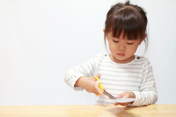 Muốn con vào lớp 1 tự tin, vững vàng, bố mẹ nhất định phải dạy trước cho con những kĩ năng này - Ảnh 2
