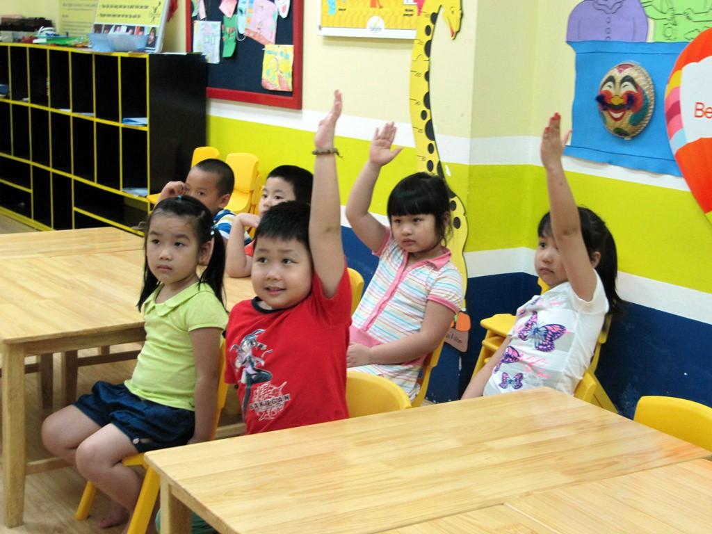 Muốn con vào lớp 1 tự tin, vững vàng, bố mẹ nhất định phải dạy trước cho con những kĩ năng này - Ảnh 3