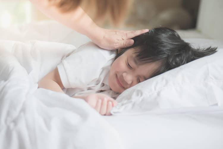 Muốn luyện ngủ cho con thành công, đây là 6 yếu tố tiên quyết cần tuân thủ