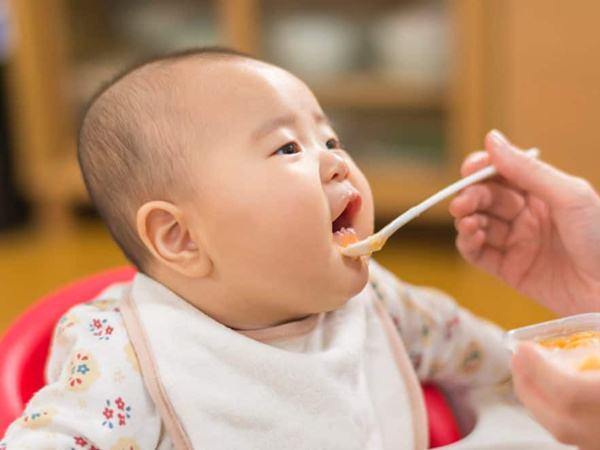 Nấu cháo bằng thực phẩm kỵ nhau, con mãi không lớn mà còn đổ bệnh