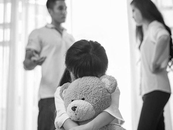 Nếu buộc phải ly hôn, có 4 điều những người làm cha mẹ cần nói với con để con hiểu được