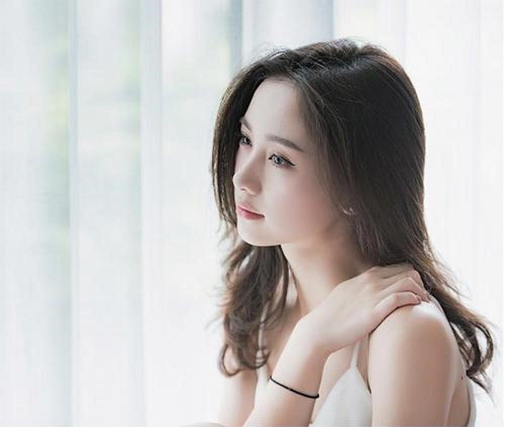 Nếu không muốn rời đi trong nước mắt, đàn bà hãy tự làm chủ cuộc hôn nhân của mình - Ảnh 1