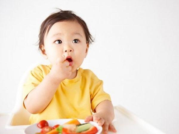 Những thực phẩm tốt cho bé yêu mùa nóng