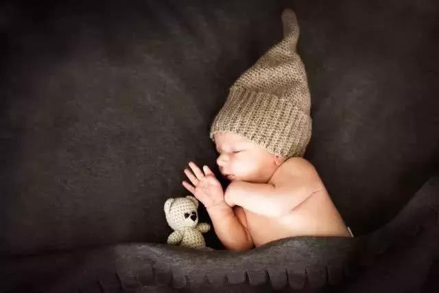 Rất nhiều trường hợp trẻ chết vì ngạt thở khi ngủ, cha mẹ cần làm những việc dưới đây - Ảnh 3