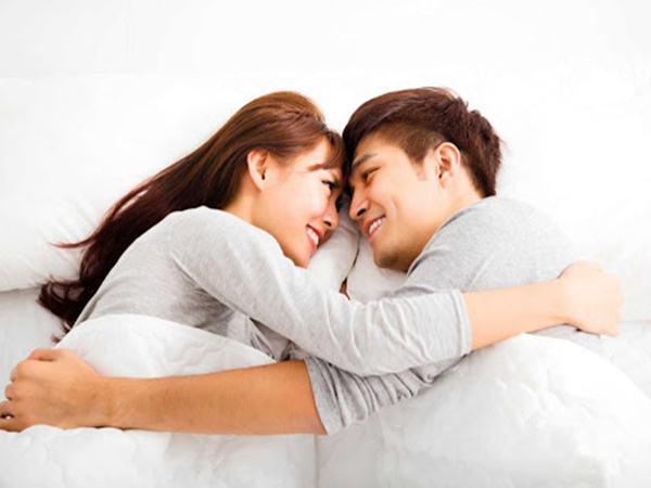 Sau cuộc 'ân ái', đàn ông yêu thật lòng sẽ rót vào tai vợ những điều thầm kín này