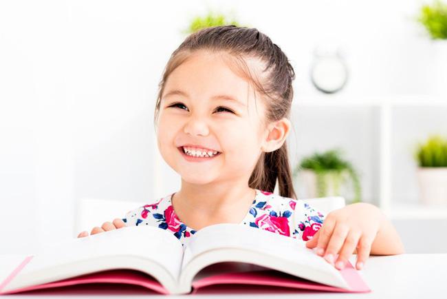 """Thay vì nói """"Con làm tốt lắm"""", đây là 9 câu nói mà các giáo viên Montessori thường dùng - Ảnh 1"""