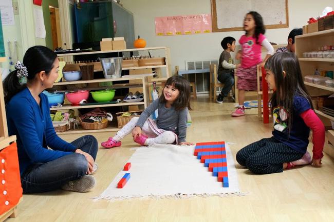 """Thay vì nói """"Con làm tốt lắm"""", đây là 9 câu nói mà các giáo viên Montessori thường dùng - Ảnh 2"""
