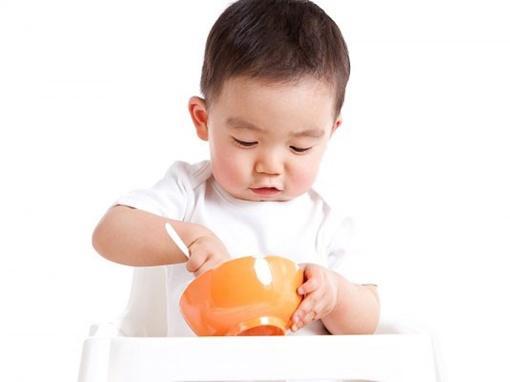 Thực đơn cho bé 2 tuổi ăn ngon - Ảnh 1
