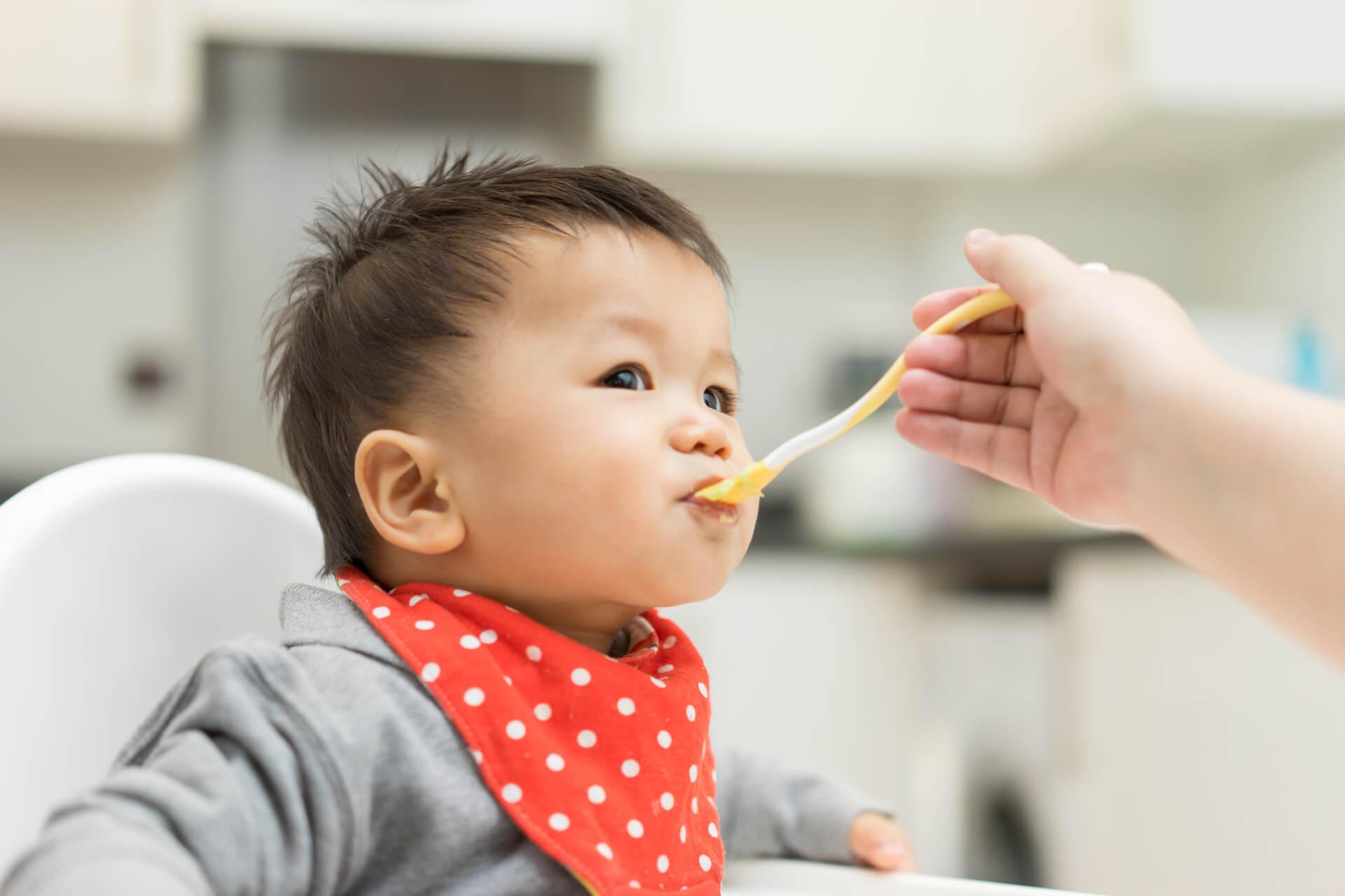 Trẻ ăn dặm sớm có nguy cơ tiểu đường