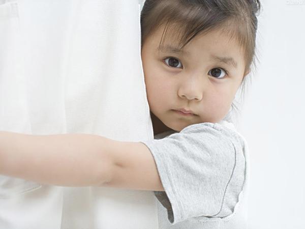 Trẻ em chậm nói: Làm sao để phát hiện sớm và điều trị kịp thời?