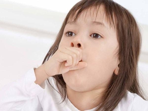 Triệu chứng nhận biết sớm trẻ bị viêm phổi