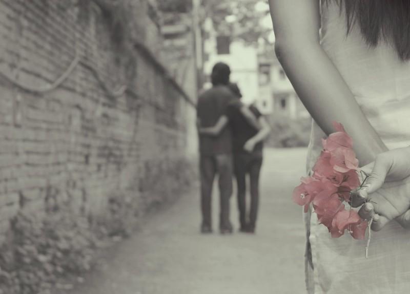 Vợ nên cảnh giác, đừng nên kết thân với những kiểu người dễ trở thành kẻ thứ ba này - Ảnh 2