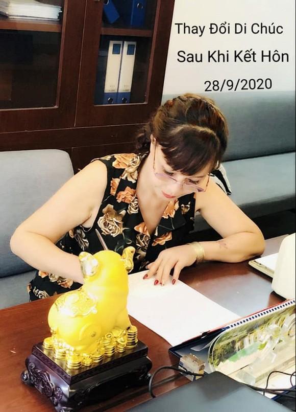 Xôn xao thông tin cô dâu 63 tuổi ở Cao Bằng đích thân sửa lại bản di chúc đã lập sau khi lấy chồng trẻ Hoa Cương, nhiều người tò mò về điều khoản bên trong - Ảnh 3