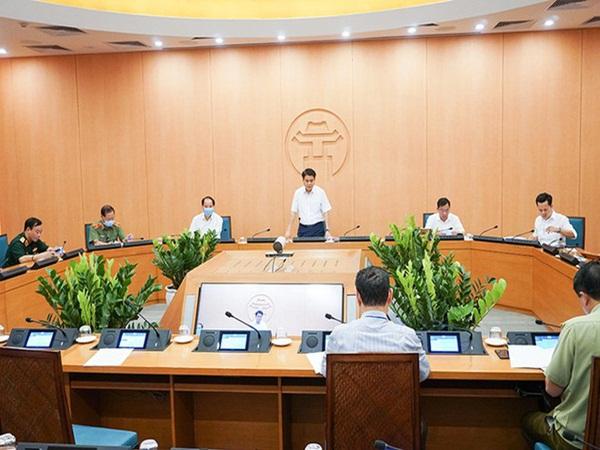 Chủ tịch Hà Nội: Tiếp tục các biện pháp giãn cách xã hội đặc biệt ở trường học, bệnh viện khi hoạt động trở lại bình thường