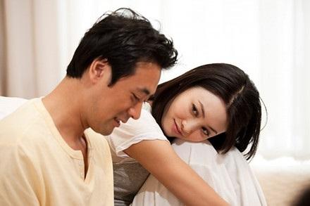 Vì sao đàn ông 40 lại hấp dẫn phụ nữ tuổi 30 về tình dục? - Ảnh 1